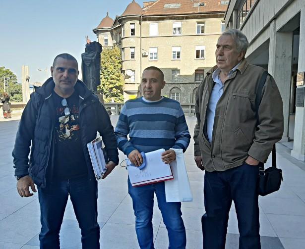 На фотографији екипа Жиг инфа – Зоран Лалић, Жељко Маторчевић и Милан Јовановић
